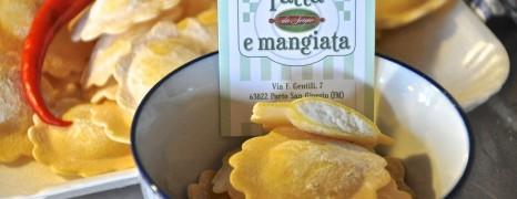 Heaven: Limonen-Ricotta-Ravioli mit Artischocken und Calamari